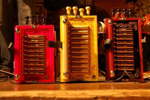 accordions.jpg