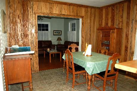 diningroom-002
