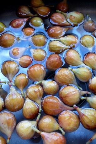 Wash figs