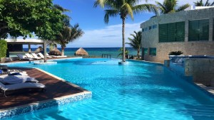 pool-at-Le-Reve