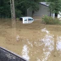 flooded-truck